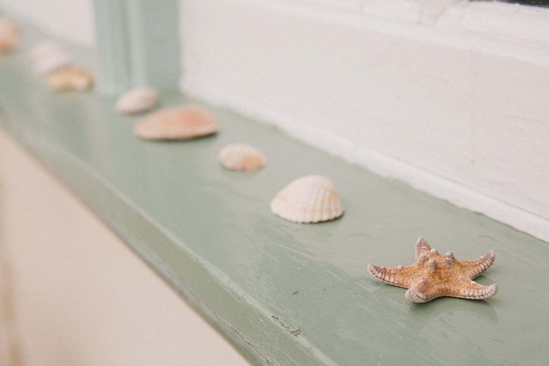 Beacon House, Whitstable - Wild Rose Creative Wedding Photography